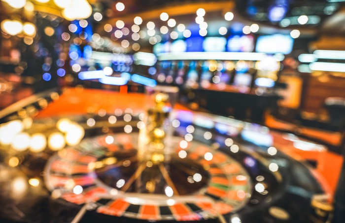 Why Enterprise Capitalists Ought To Make Investments Like Poker Gamers