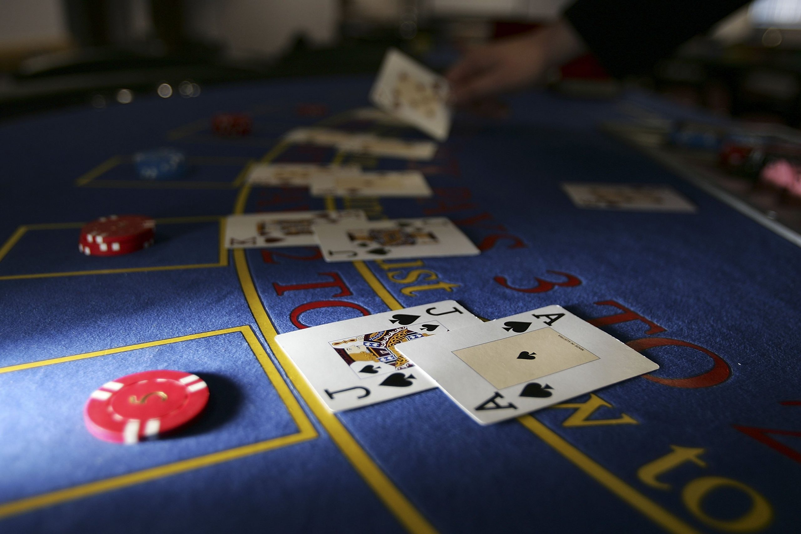 Details Everybody Must Understand About Online Gambling