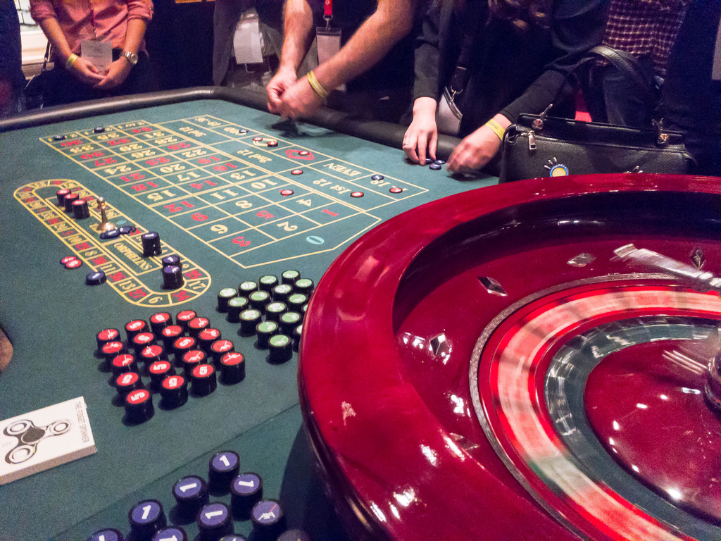 6 Points A Youngster Finds Out About Online Casino